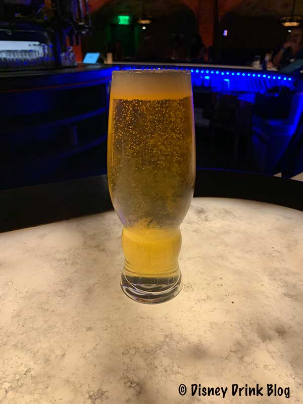 Oga's Cantina Review at Batuu East and West