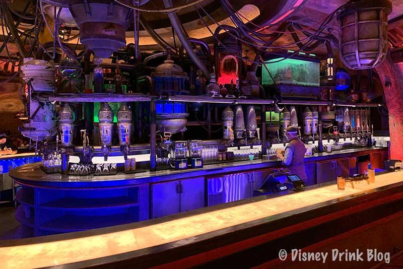 Disney Hollywood Studios Oga's Cantina Visit